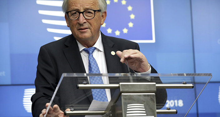 Jean-Claude Juncker, presidente de la Comisión Europea interviniendo en la 12ª cumbre del foro Asia-Europa (ASEM por sus siglas en inglés) en Bruselas el 18 y el 19 de octubre de 2018