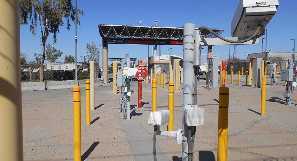 La aduana internacional entre San Luis Río Colorado, Sonora y San Luis, Arizona