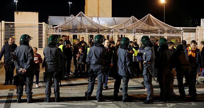 Las fuerzas del orden cerca del Estadio Olímpico en Roma
