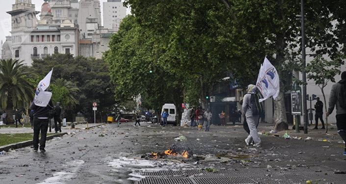 Los disturbios en Argentina.