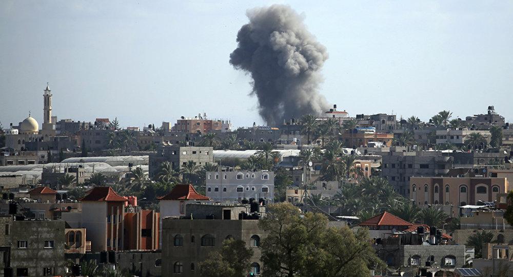 Israel bombardea Gaza tras el disparo de cohetes contra su territorio