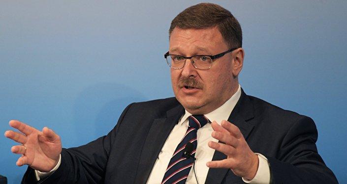 El presidente del Comité de Asuntos Internacionales del Consejo de la Federación de Rusia, Konstantín Kosachov