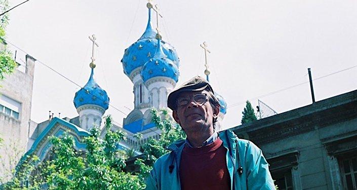 Vladimir Yuravel, formaba parte de la tripulación de uno de los tantos barcos pesqueros soviéticos abandonados en Argentina tras la caída de la URSS