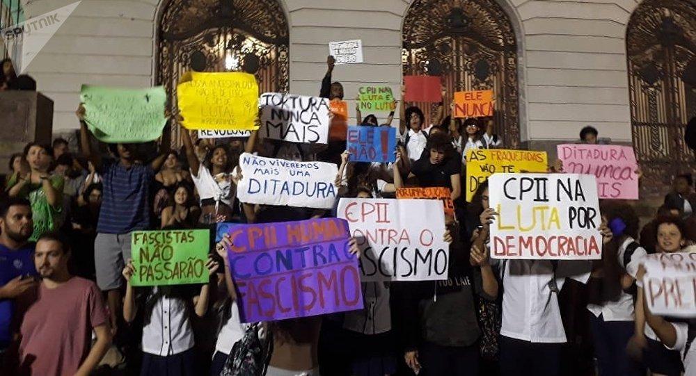 Protestas contra el futuro Gobierno de Bolsonaro en Río de Janeiro