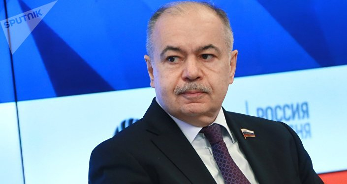Iliás Umajánov, vicepresidente del Consejo de la Federación de Rusia