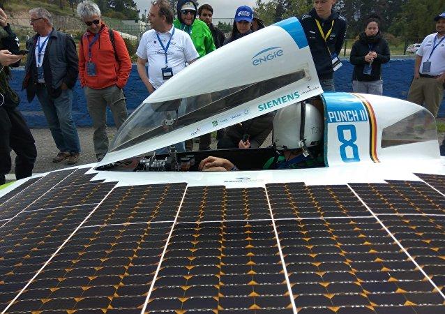 El vehículo belga Punch II, ganador de la Carrera Solar Atacama
