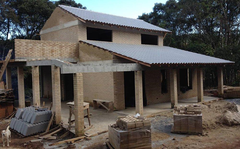 El proceso de construcción de la casa de Evandro Balmant