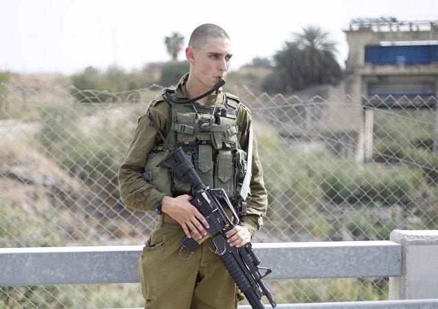 Soldado israelí en la frontera con Jordania (archivo)