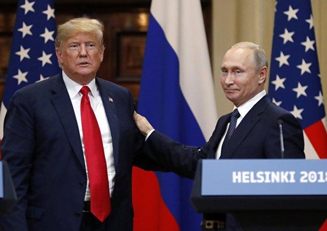 Los presidentes de EEUU, Donald Trump, y Rusia, Vladímir Putin (archivo)