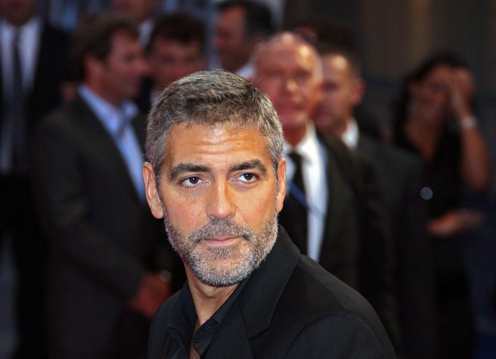 Conoce a los hombres más atractivos de las últimas décadas, según People