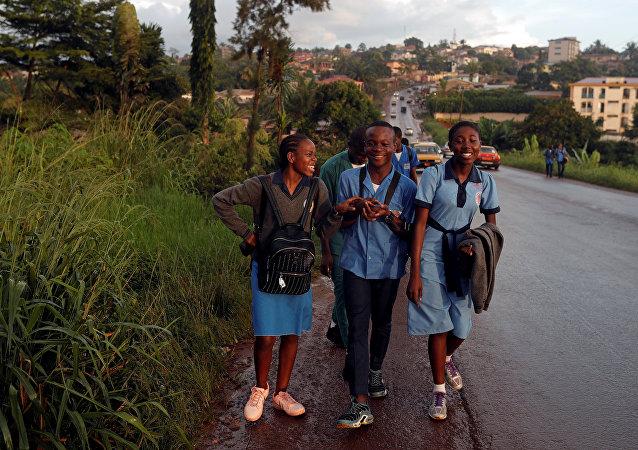 Estudiantes de Camerún (imagen referencial)