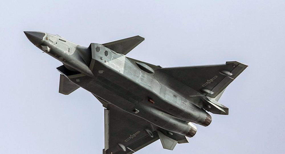 Un caza chino J-20, foto archivo
