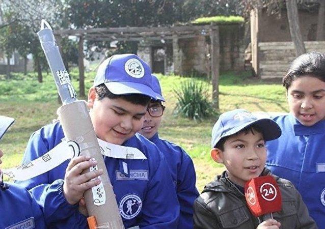 La Escuela de Astronautas de Chile valora la experimentación, el trabajo en equipo y el cumplimiento de desafíos en cada clase