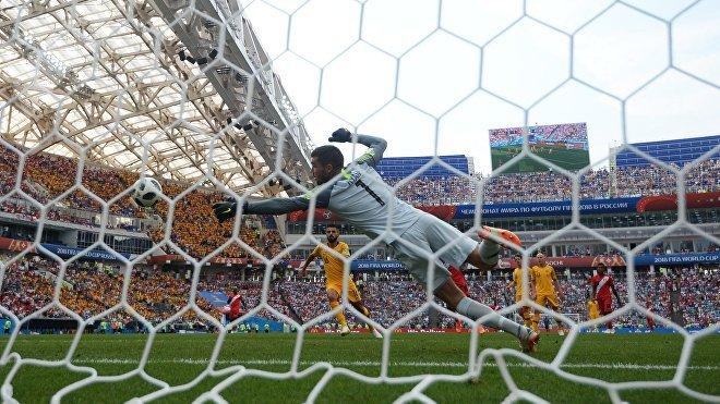 Gol de Paolo Guerrero en el partido de Australia vs Perú durante el Mundial de Rusia 2018 (haz clic para ver)