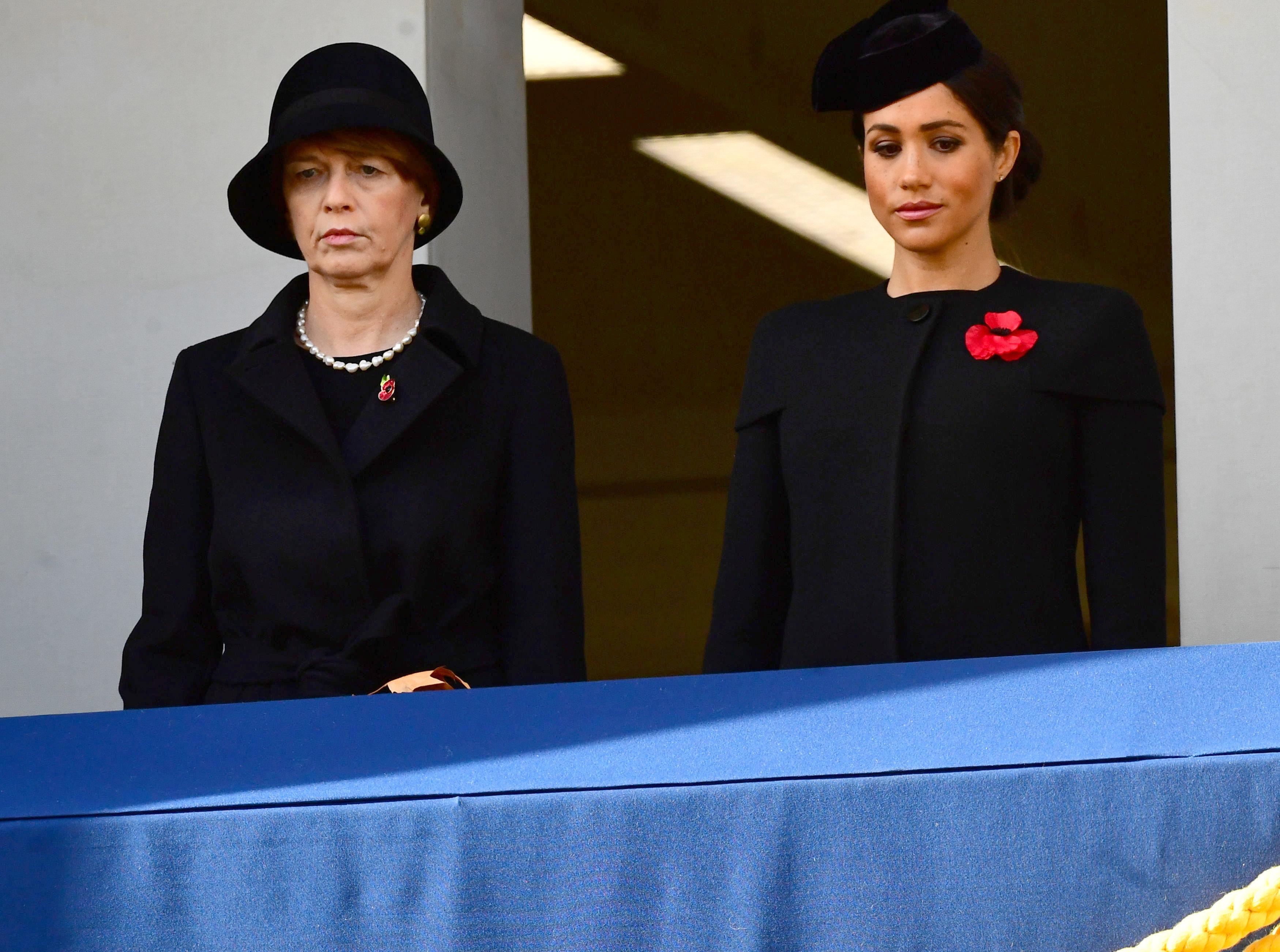 Meghan Markle, duquesa de Sussex, junto a Elke Budenbender, la esposa del presidente alemán, Frank-Walter Steinmeier