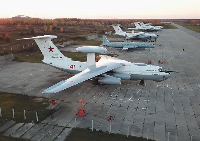 Así despega el Beriev A-50, el 'avispón soviético' de Rusia