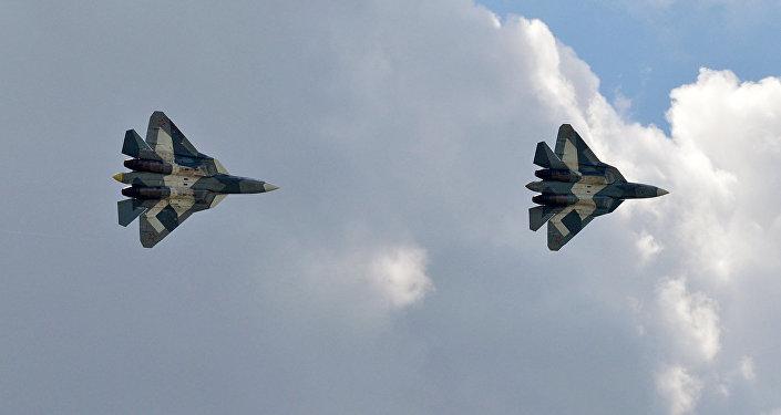 Cazas de la quinta generación Su-57 (archivo)