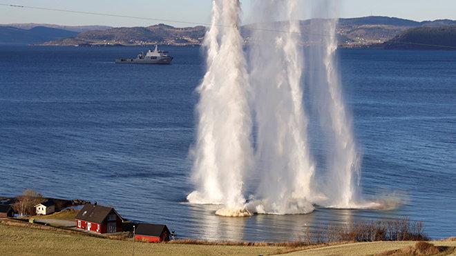 Pruebas de tiro durante las maniobras de la OTAN Trident Juncture 2018 en Noruega, 25 de octubre de 2018