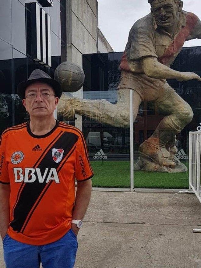 Luis Ramón Gómez Soto, el gallibosti hincha de Boca y River