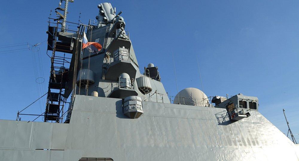 La fragata rusa Almirante Kasatonov