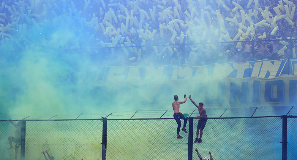 Las hinchas en el partido entre su equipo y River Plate en la final de la Copa Libertadores de América