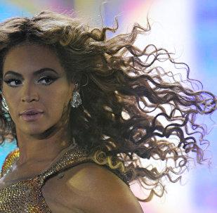 Beyoncé durante una presentación en Moscú