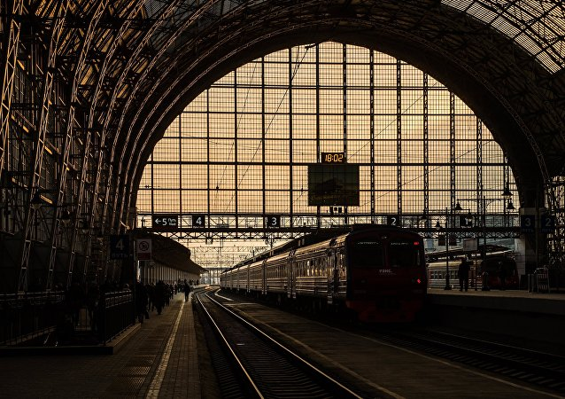 La estación ferroviaria Kíevski en Moscú