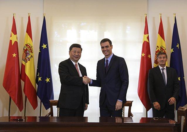 El presidente de China, Xi Jinping y el presidente del Gobierno español Pedro Sánchez