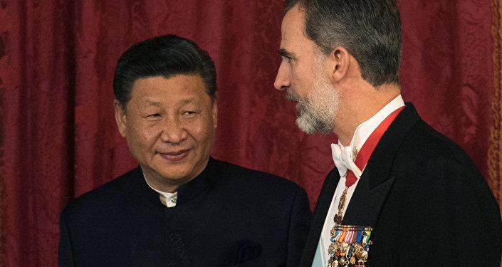 El presidente de China, Xi Jinping, y el rey de España, Felipe VI