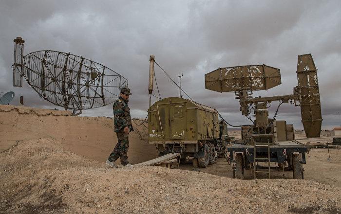 Vídeo: militares sirios repelen una ofensiva aérea israelí