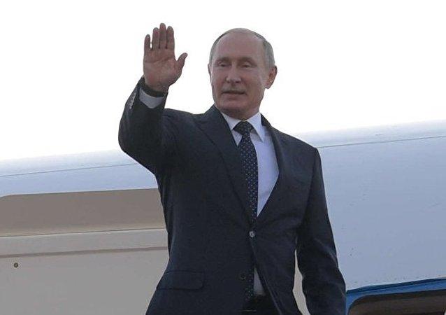Vladímir Putin arriba a Buenos Aires para participar en la cumbre del G20