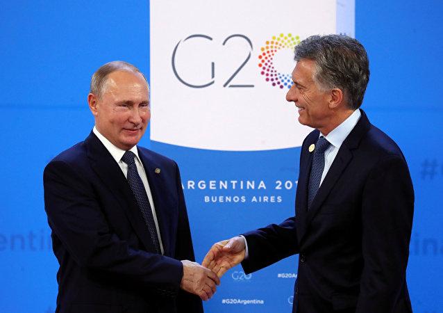 El presidente ruso, Vladímir Putin y el presidente argentino, Mauricio Macri