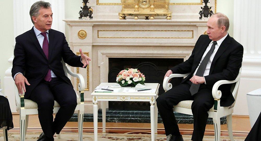 El argentino, Mauricio Macri, y el presidente ruso, Vladímir Putin (archivo)