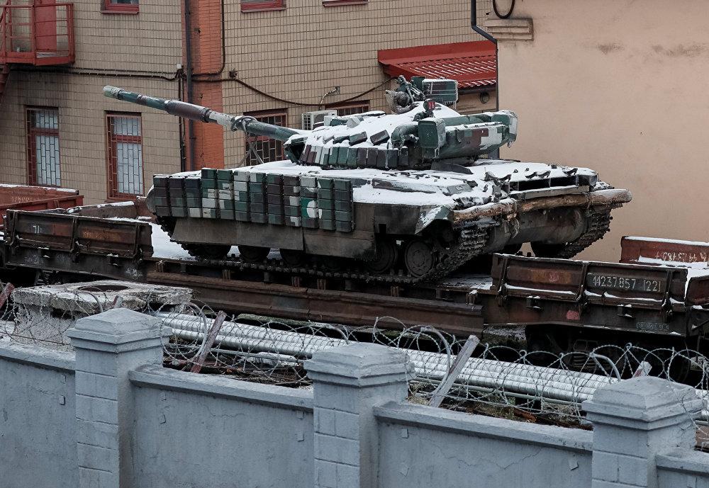 Kiev desplaza vehículos blindados a la ciudad de Mariúpol