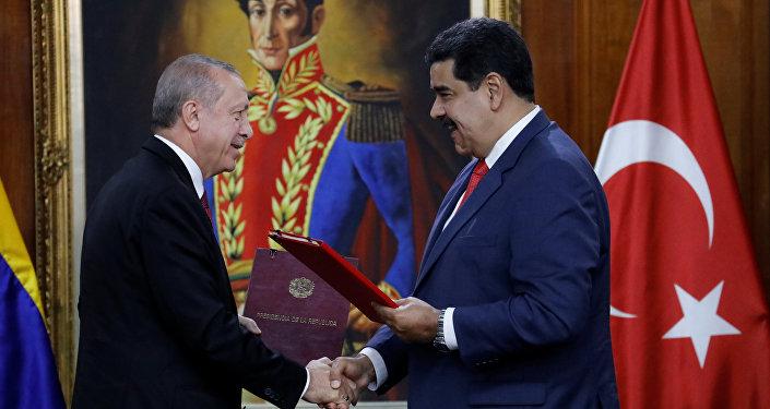 Recep Tayyip Erdogan, presidente de Turquía, y Nicolás Maduro, presidente de Venezuela