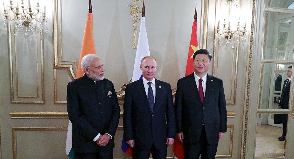 El primer ministro de India, Narenda Modi, presidente de Rusia, Vladímir Putin, y el presidente de China Xi Jinping en G20 en Buenos Aires, Argentina