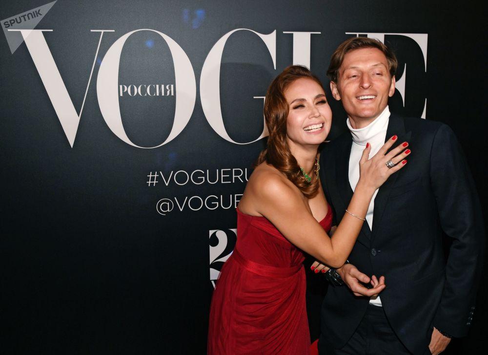 Las artistas más bellas de Rusia celebran los 20 años de Vogue en el país