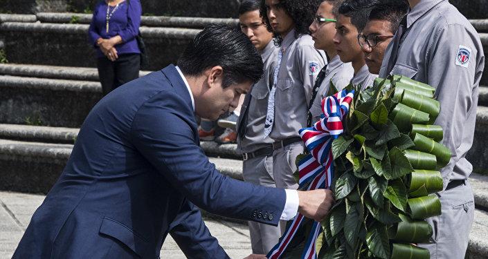 El presidente de Costa Rica, Carlos Alvarado, durante la conmemoración del 70 aniversario de la abolición del Ejército.