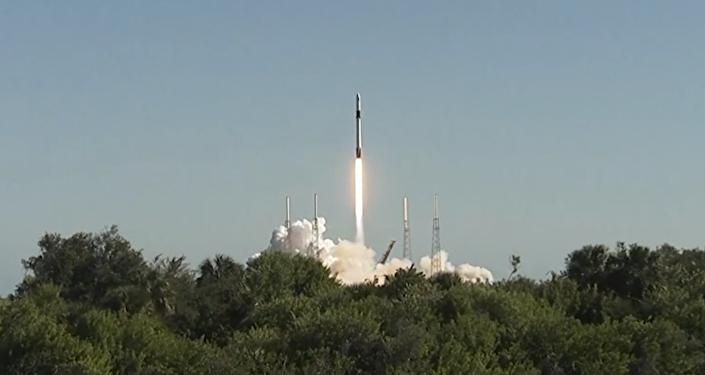 El lanzamiento del cohete Falcon 9