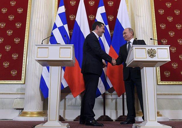 El primer ministro griego, Alexis Tsipras, y el presidente de rusia, Vladímir Putin