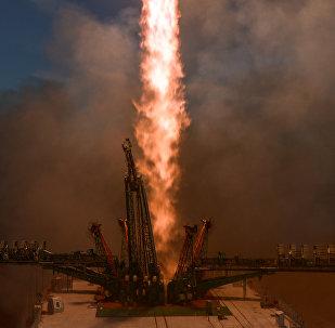 El despegue de la nave Soyuz desde el cosmódromo de Baikonur