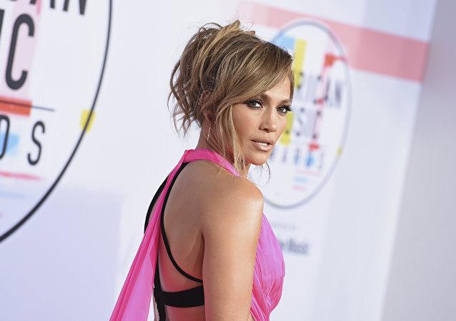La cantante y actriz Jennifer Lopez