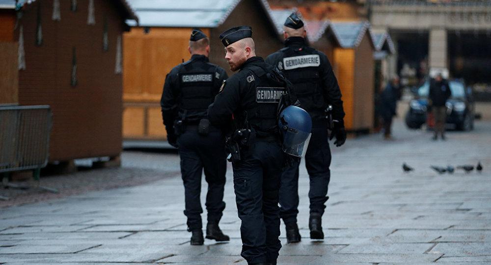 Policía en el lugar del tiroteo en Estrasburgo