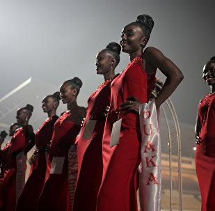 La belleza centroafricana se mezcla con la diplomacia sobre el escenario