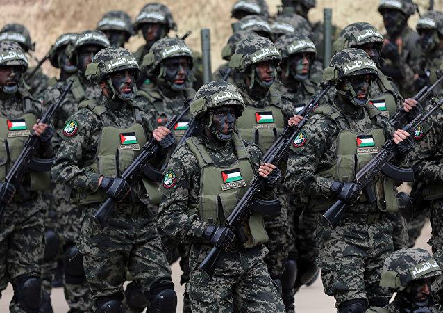 Militantes del movimiento Hamás durante el 31 aniversario de la organización