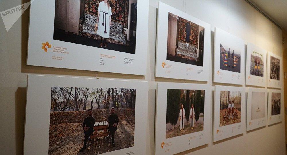 Exposición de las obras del concurso Andréi Stenin (archivo)