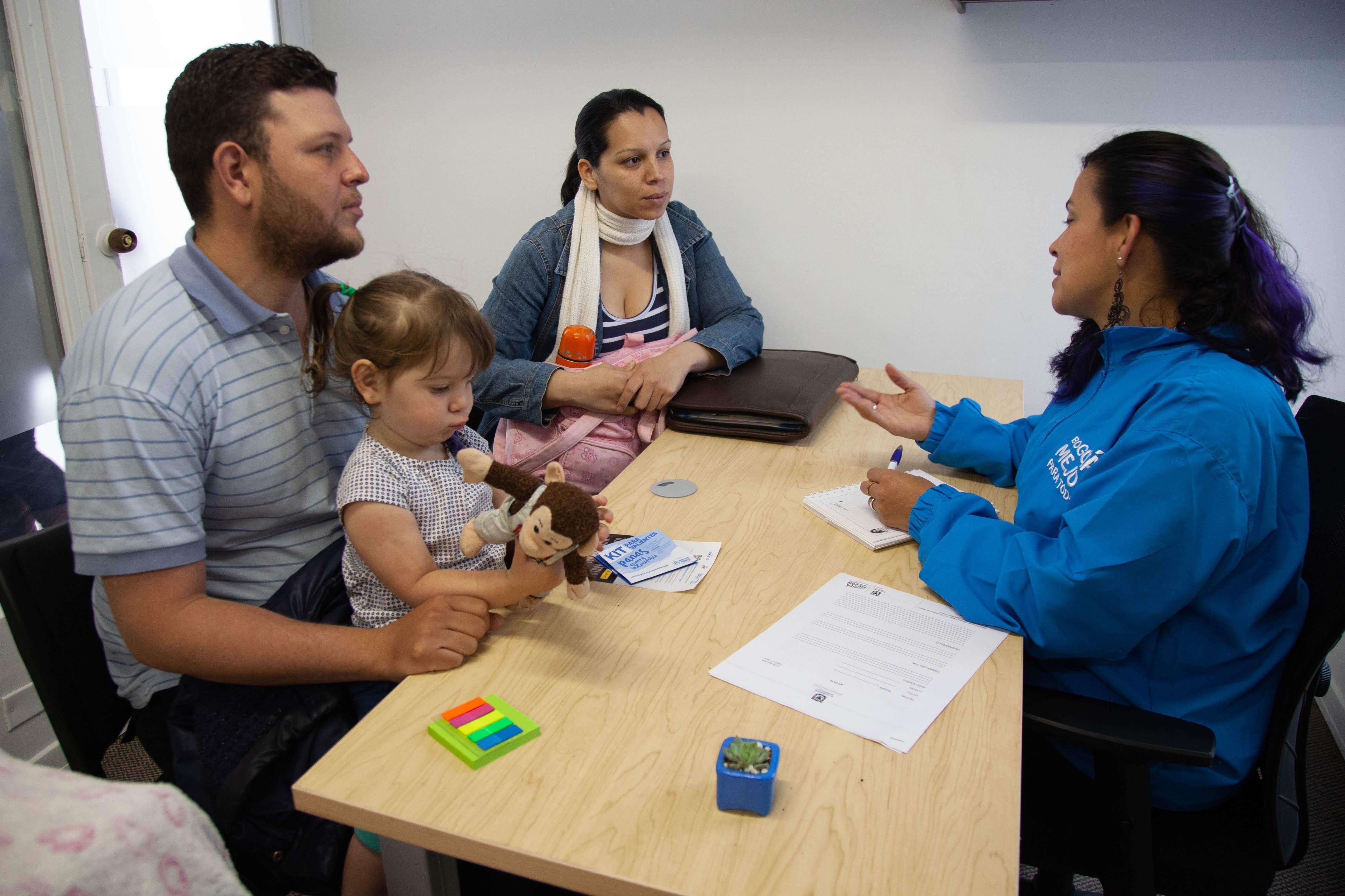 Centro de Atención al Inmigrante que se abrió en Bogotá