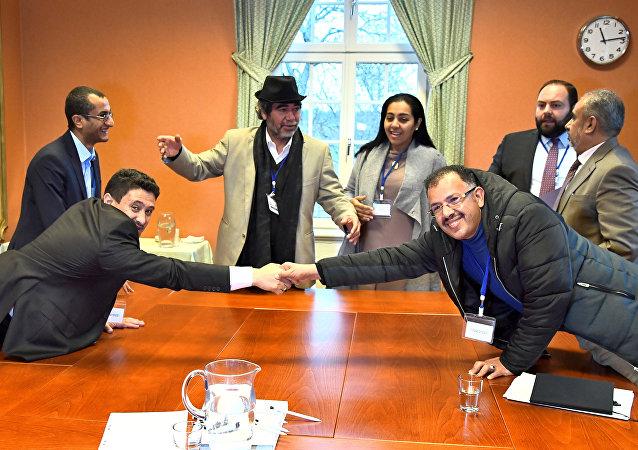 Negociaciones en Estocolmo sobre el canje de prisioneros yemeníes