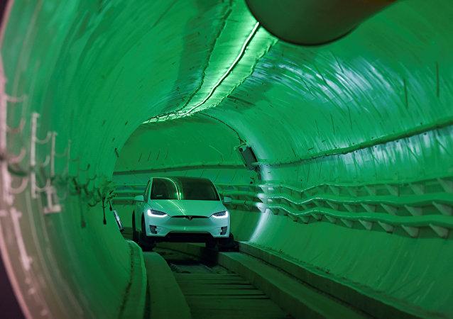 La empresa The Boring Company pone a prueba su túnel de alta velocidad