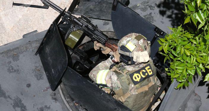 Un servicio difícil y peligroso: la jornada de los agentes de seguridad de Rusia